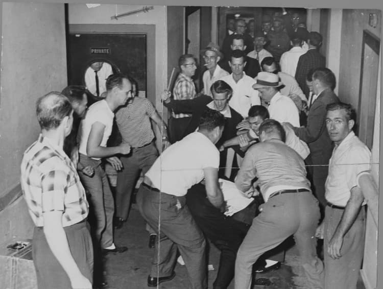 freedom riders are attacked by a mob of racists