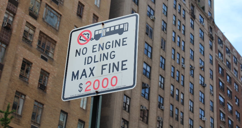 """no idling"" sign in nyc"