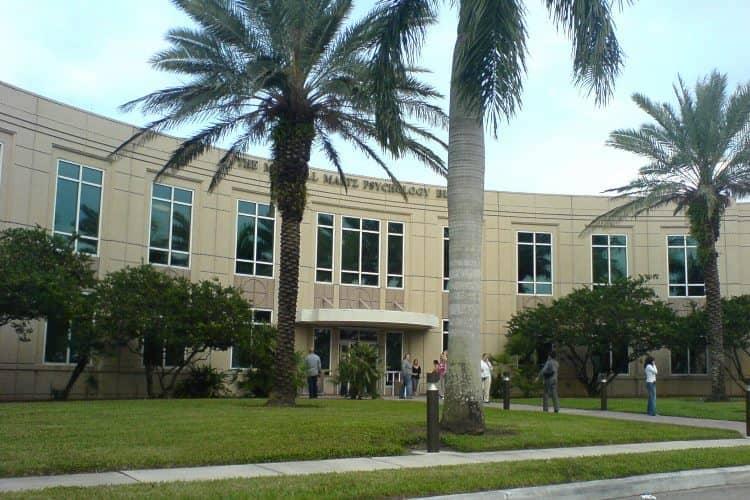 Nova Southeastern campus