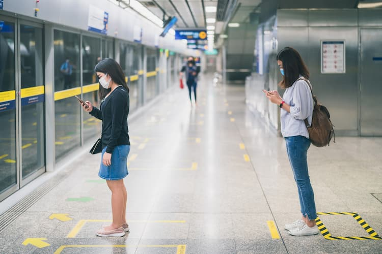 Women waiting for subway