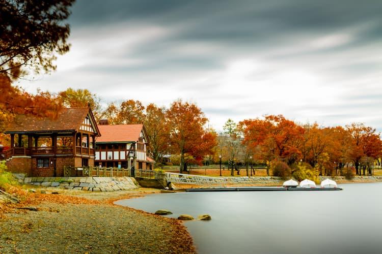 Fall leaves around Jamaica Pond