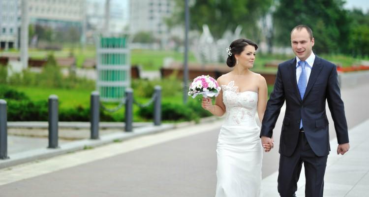 Chicago wedding bus rental