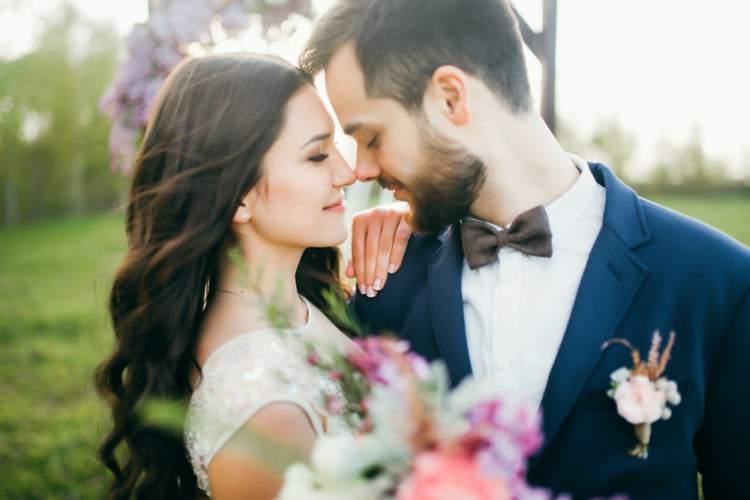 Seattle wedding bus rentals