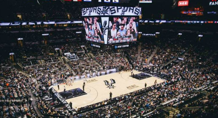 San Antonio sports team bus rental