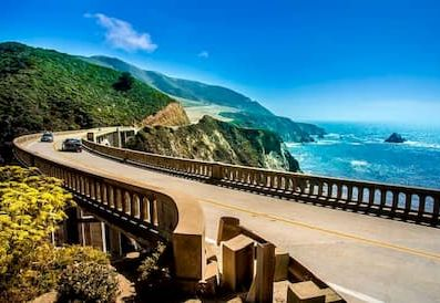 Your Guide to a Group Road Trip on the Pacific Coast Highway