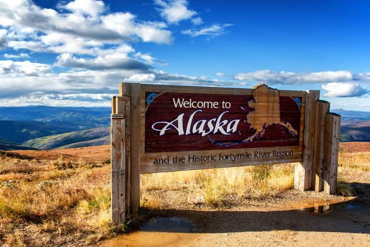 Alaska Charter Bus Rentals- GOGO Charters