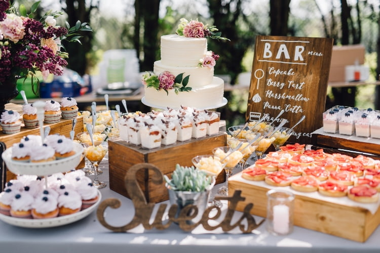 sweets-and-cakes-adorned-on-wedding-table