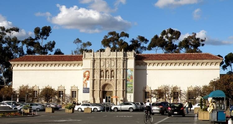 balboa park visitor center and parking lot