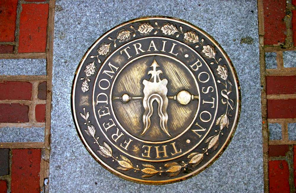the seal that marks the beginning of boston's freedom trail