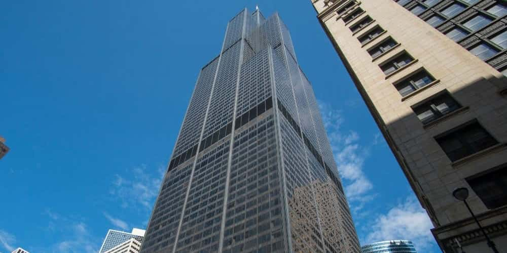 Chicago's Willis Tower in the daytime.
