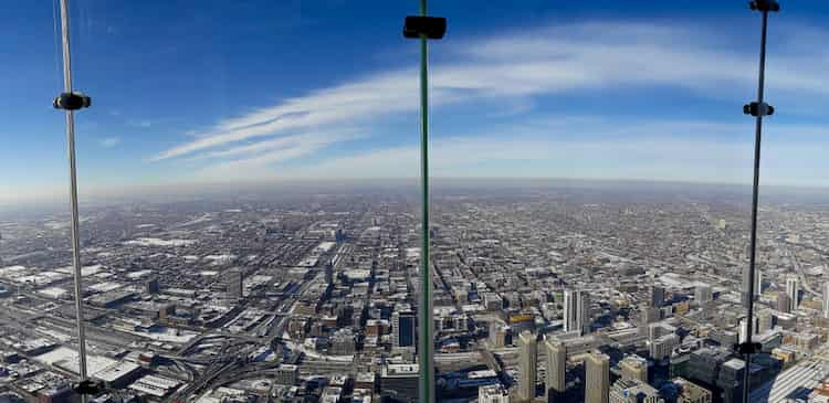 A view of Chicago from the Willis Tower skydeck