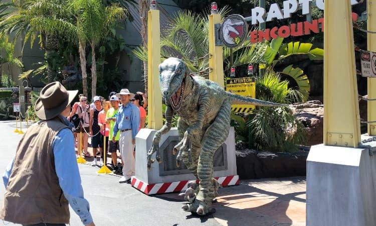 jurassic world raptor encounter at universal studios