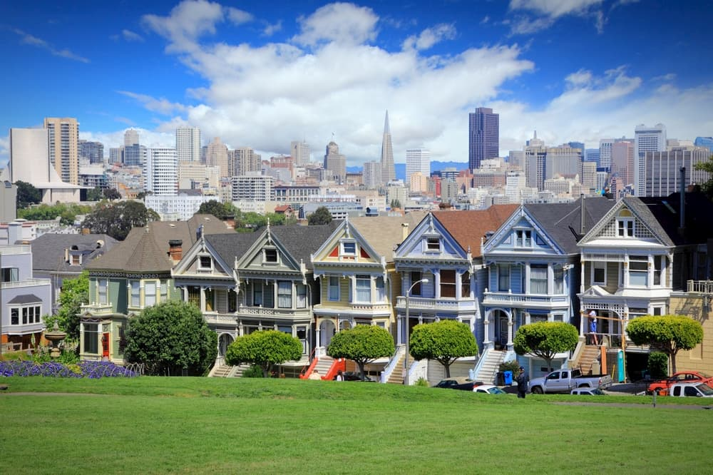 san francisco's famous painted lady houses