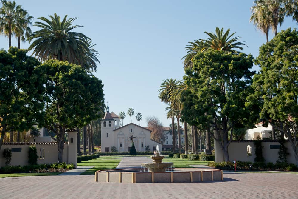 a fountain at the entrance of santa clara university