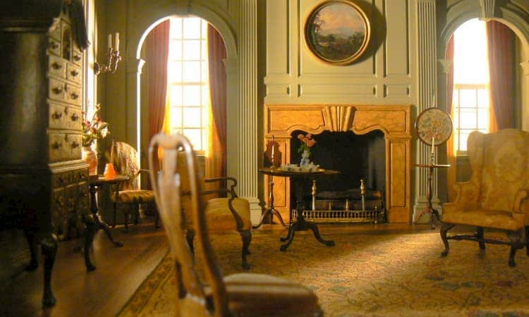 Thorne miniature room at Art Institute